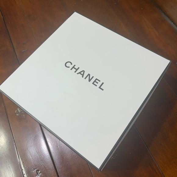 CHANEL box 📦